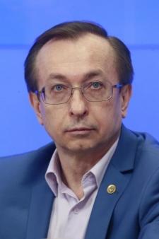 Юрий Евгеньевич Хохлов