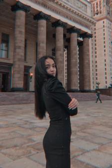 Лаура Робертовна Исоян